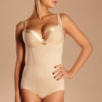 Chantelle Basic Shaping steungevende body onder de buste 3508 nude
